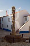 Pelourinho de Aldeia Galega da Merceana (Monumento Nacional)