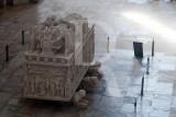 Monumentos de Alcobaça - Mosteiro de Santa Maria (Túmulos de Pedro e Inês)