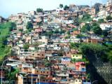 Barrios in Caracas (1).jpg