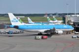 A330-203 PH-AOK