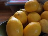 .. Garlic and lemon for the ali-oli ..