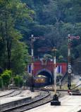 Doi Khuntan tunnel & station
