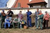 PRESSE: Frühjahrsputz rund um die Ofenbacher Kirche am 25.3. 2011