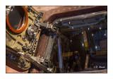Peek inside the capsule - 2925