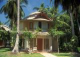 A Guest Cottage / Pavilion