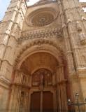 Entrance to the Le Seu