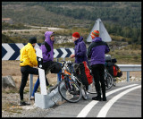 Cyclists resting in a Gredos mounatin pass