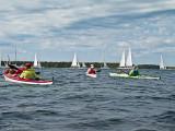 Lite blåsig paddling nästa dag, men största dramatiken bestod i att komma igenom mängder av segelbåtar som snurrade vid en start