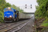 Conrail Heritage 8098 makes a Northbound trip up the CNO&TP with NS 264