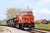 NS 8114 leads train 387 by the infamous Rock City barn near Bulls Gap