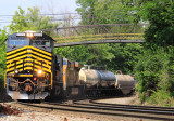NKP 8100 leads NS 179 at Crescent Springs