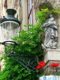 Staande Maria met Kind (koningin) - Meestraat 9