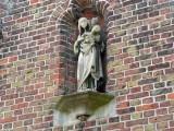staande Maria met Kind - Hendrik Consciencelaan 2