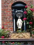 O.L.V van de Wonderdadige Medaille - Langestraat 3
