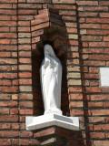 Staande Maria met Kind - Stijn Streuvelsstraat 57