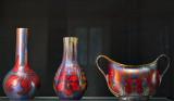 Vases, jardiniere, lilies branching off handles (1899-1900)