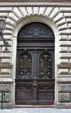 Crested door