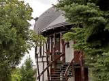 BUDAPEST, Villa Gubsci, front door with 'trees'
