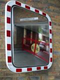 Reflecting Square Mirror