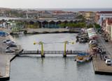 Queen Wilhelmina Bridge and the floating market