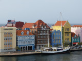 This really reminded us of Nyhaven Canal in Copenhagen