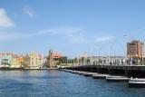 Queen Emma Bridge, the floating pedestrian bridge is back where it belongs!
