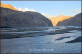 Hushe river flowing to join Indus river.jpg