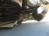 Bike layed on left side, nothing touches at all other than the Top Block slider