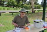 2011-12-27_Rob_cutting_60th_birthday_cake.jpg