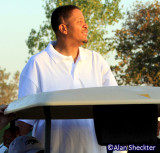 Chali 2Na catches a ride