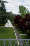 Tuscan pyramid