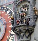 Warrior bears to guard the clock