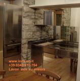 Arredare la cucina in acciaio inox top inox con lavello su misura