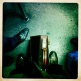Feet in the Métro