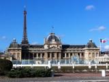 A blue sky over Paris