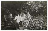 Aftenkaffe hos Marers 1935