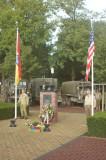 Het hijsen van de vlag