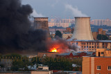 Fire at storage building on the Talalikhina street in Moscow 08.08.2011