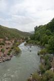 Bisheh Waterfall's Surrounding