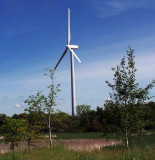 THIS HUGE WIND TURBINE IS LOCATED NEAR THE MYSTIC LAKE CASINO AND PRODUCES ENERGY FOR THE CASINO COMPLEX