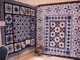 Blue & White EB4795