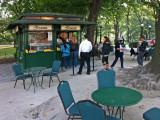 Ferrara caf�, Central Park, NY