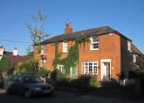 Pretty  brick  cottage