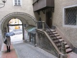 back down to the Linzergasse