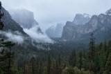 _DSC8866-8869, YV Tunnel View, approaching mist, reduced.jpg