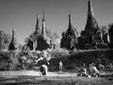 B & W Myanmar