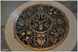 Sol de la basilique Saint Jean de Latran, avec une superbe grille