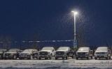 Car Lot In Snowfall 06948-51
