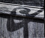 Ornate Newel Shadow 08280