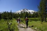 View along the Mono Pass trail